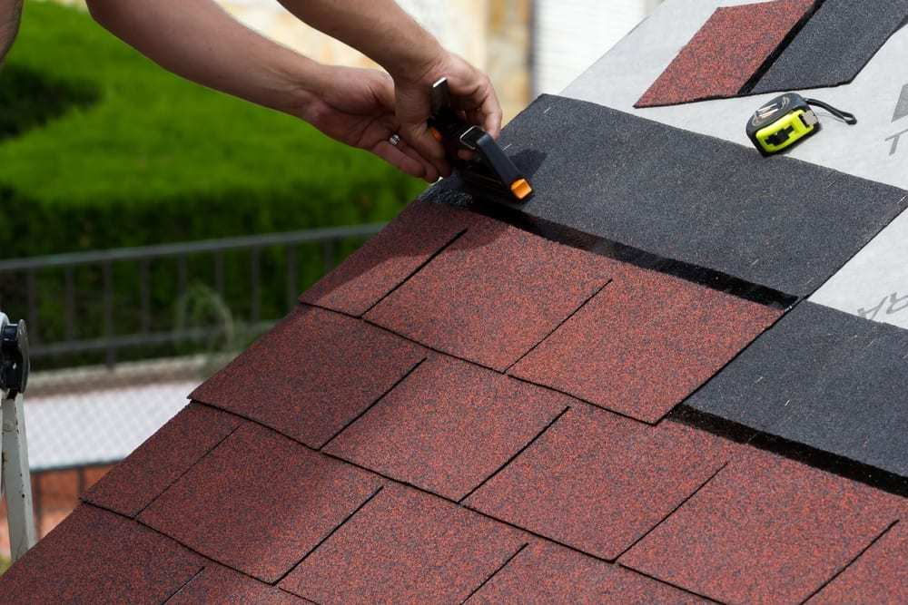 construction of an asphalt shingle roof